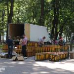 Подготовкак салюту в парке