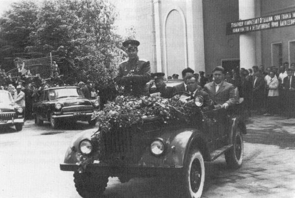 Гагарин в Калуге