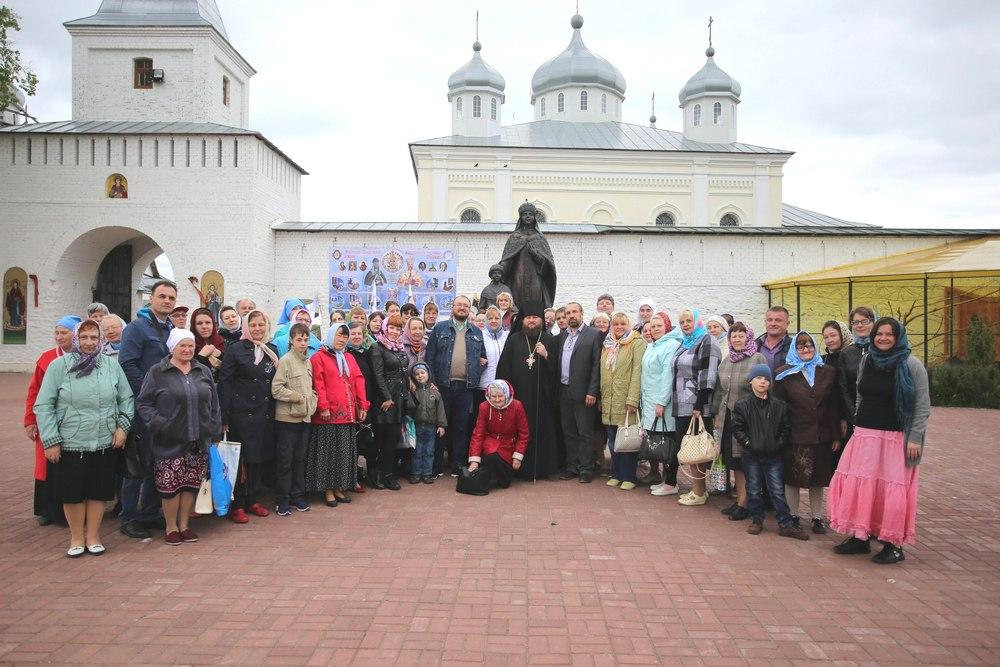 У Свято-Георгиевского мужского монастыря в Мещовске